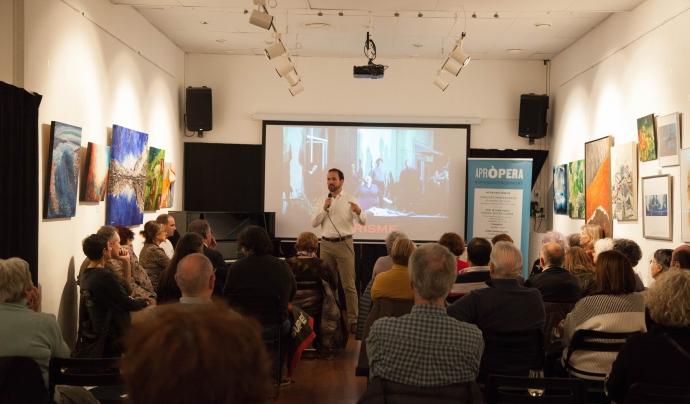 Conferència del cicle Òpera entre copes a l'Ateneu Santcugatenc. Font: Laura Torres