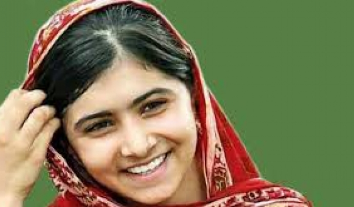 """""""Un país no és més fort pel nombre de soldats que té, sinó pel seu índex d'alfabetització"""". Malala Yousafzai"""