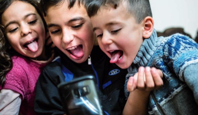 Els infants més vulnerables a Internet són aquells de famílies amb pocs recursos econòmics i dels col·lectius tradicionalment victimitzats