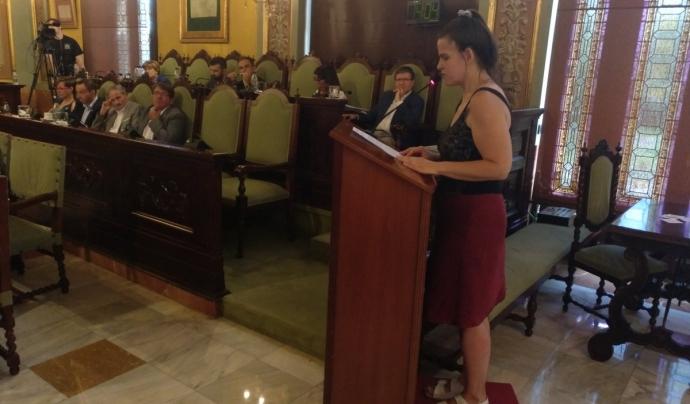 Defensa de la moció per part d'Oxfam Intermón durant el ple de La Paeria. Font: Oxfam Intermón