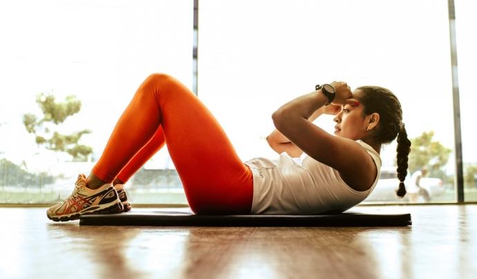 Els i les expertes aconsellen aprofitar per treballar parts del cos que habitualment no s'entrenen. Font: Unsplash. Font: Font: Unsplash.