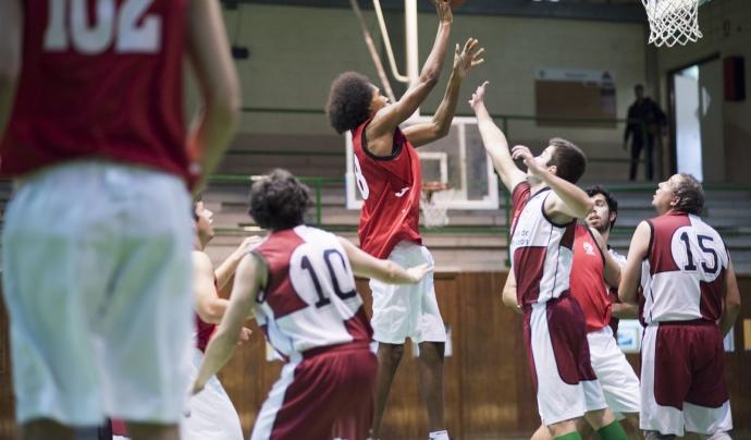 Jugant a bàsquet als Special Olympics 2016 de Reus Font: Ajuntament de Reus