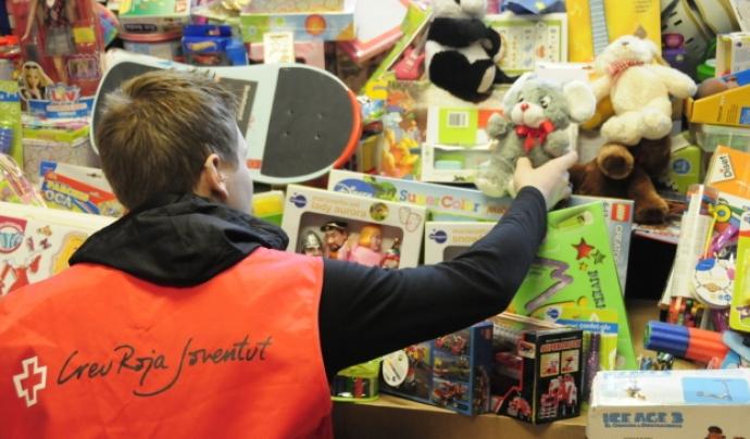 Joguines recollides per la Creu Roja en una campanya anterior
