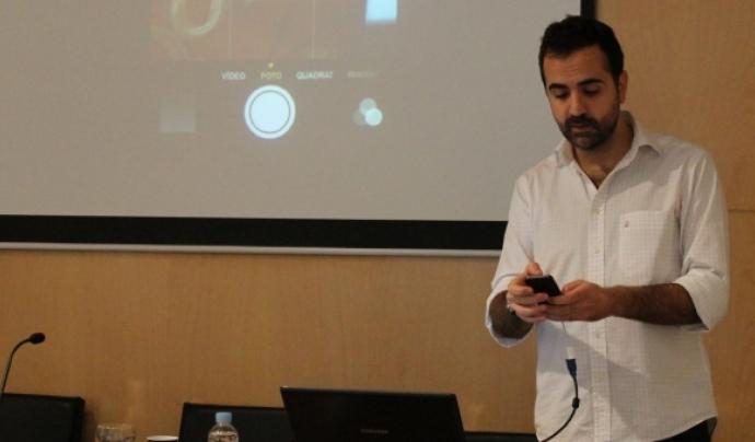 Jordi Flamarich en una formació sobre com treure-li profit al vídeo. Font: Col·legi de Periodistes