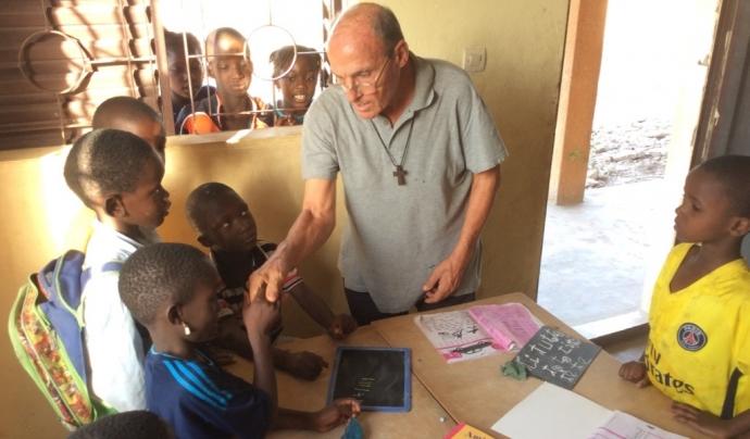 El calderí Josep Artigas considera que les organitzacions de cooperació al Senegal han de fer més seguiment dels projectes. Font: Caldes Solidària. Font: Caldes Solidària