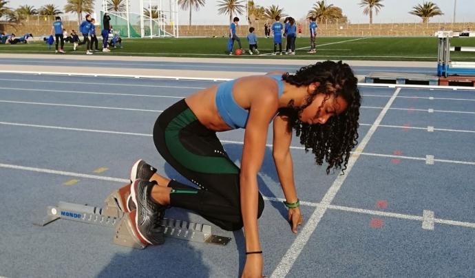 Laura Alonso és atleta del Centre d'Entrenament d'Atletisme la Mar Bella (CEAM). Font: Laura Alonso. Font: Font: Laura Alonso.