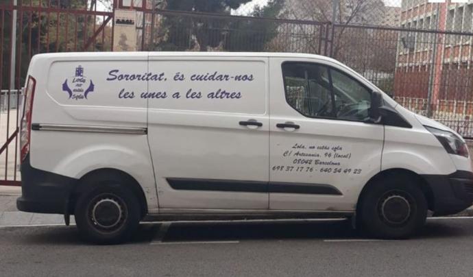 Batejada amb el nom de Lolailo, la furgoneta de Lola no estàs sola ha nascut amb l'objectiu de millorar l'atenció a les dones que dormen als carrers de Barcelona. Font: Lola no estàs sola