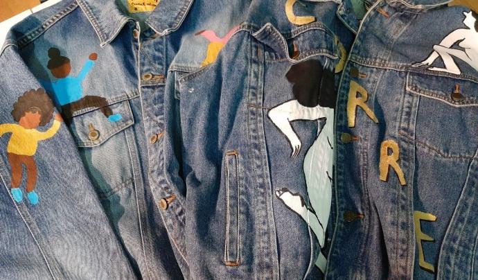 Jaquetes dissenyades per al sorteig de 'Loteria mantera' Font: Marta Rius