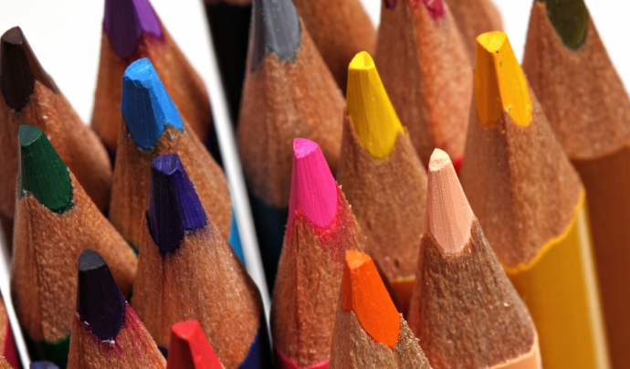 Fins al 15 de setembre es pot donar material escolar a qualsevol local de CCOO. Font: Unsplash. Font: Unsplash.