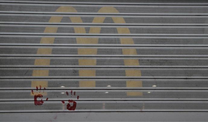 Negocis com McDonald's, Burger King o KFC són còmplices de la desforestació Font: Rebel·lió o Extinció Barcelona