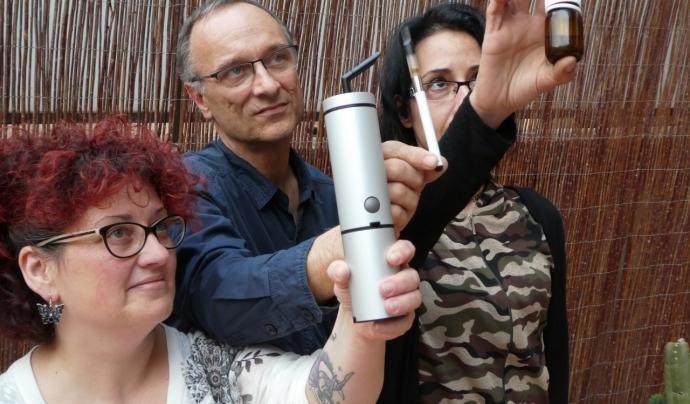 Membres de la UPRC mostren diferents tipus de consum del cànem terapèutic Font: UPRC