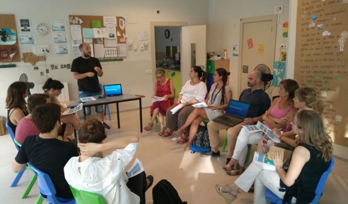 Primera reunió amb mentors i mentores interessades Font: AEIRaval