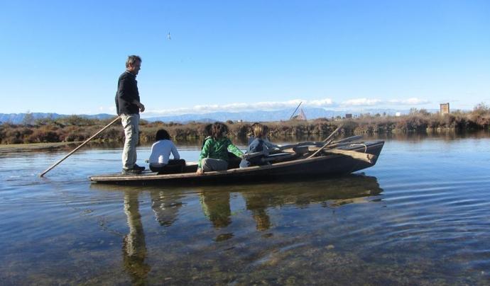 A MónNatura Delta es pot aprendre sobre les arts tradicionals de pesca al delta, com  la perxa (imatge: MónNatura.com