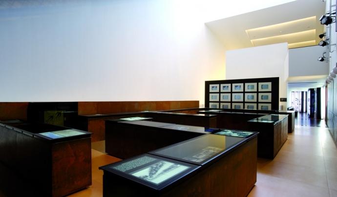 Vista interior d'una exposició del MUME