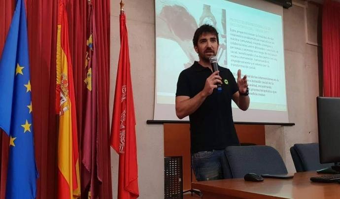 Albert Ayala és el president i fundador de l'entitat Alperroverde. Font: Alperroverde