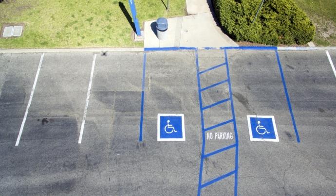 L'objectiu és cercar solucions a les dificultats d'accés a la feina i la precarietat laboral que pateixen les persones amb discapacitat. Font: Unsplash. Font: Font: Unsplash.