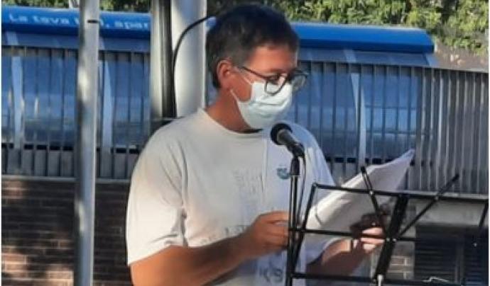 Pau Jesús Navarro forma part de la coordinadora de SOS Baix Llobregat i l'Hospitalet. Font: Imatge cedida per Pau Jesús Navarro.