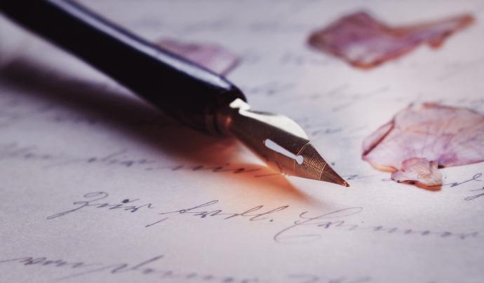 La poesia també s'adapta a les noves tecnologies i al confinament. Font: CC