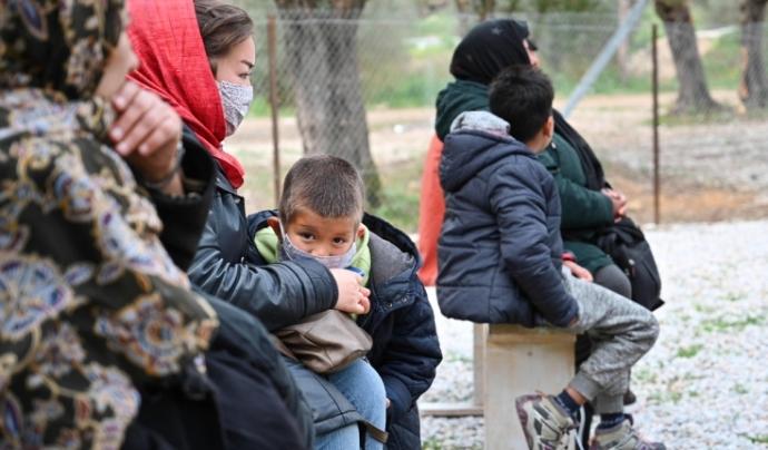 Al camp de persones refugiades de Mória hi malvivien 13.000 persones en un espai pensat per a unes 3.000. Font: Peter Casaer - MSF