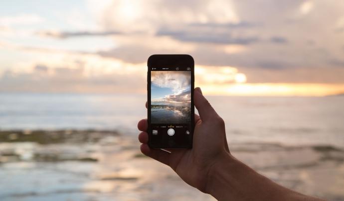 Els membres de les entitats d'àmbit internacional tenen molta comunicació a través d'imatges i vídeos. Font: CC