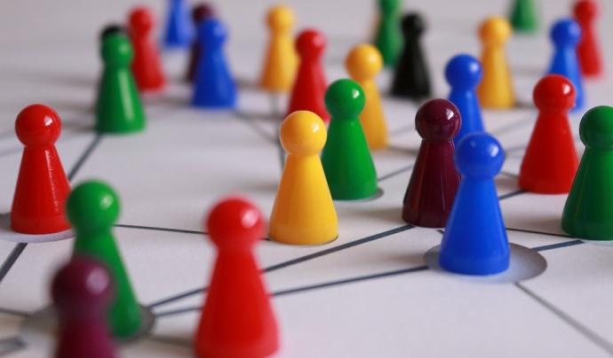 Treball en xarxa. Font: Pixabay Font: