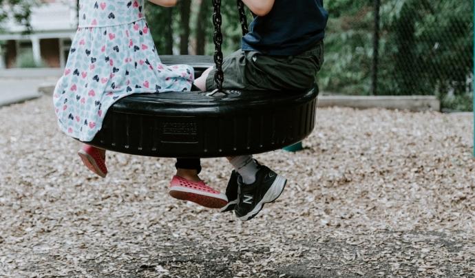 Aquest passat dijous 15 d'abril el Congrés ha fet un pas històric amb una llei que protegirà la infància enfront la violència. Font: Unsplash. Font: Font: Unsplash.
