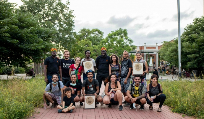 Foto de família de les iniciatives guanyadores dels Premis Micaela Chalmeta 2020 Font: Coòpolis