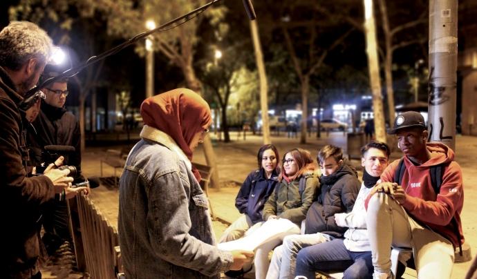 L'associació elParlante realitza projectes audiovisuals per promoure l'acció comunitària a través de la trobada, el debat i el diàleg col·lectiu Font: elParlante