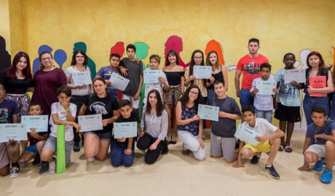 El projecte 'Rossinyol' és una iniciativa de Mentoria Social entre persones universitàries i infants i joves en risc d'exclusió social.  Font: Associació Quilòmetre Zero