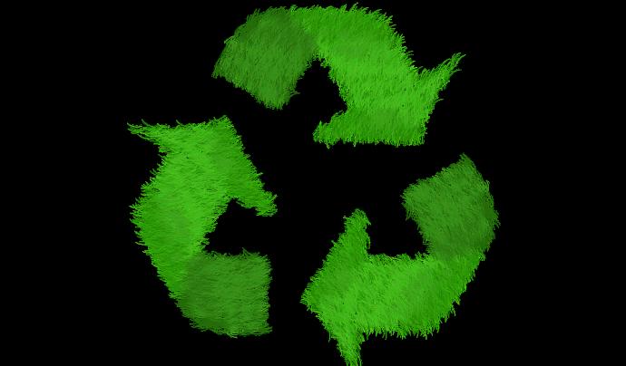 Reciclar, a més de reduir i reaprofitar Font: Elisa Riva a Pixabay