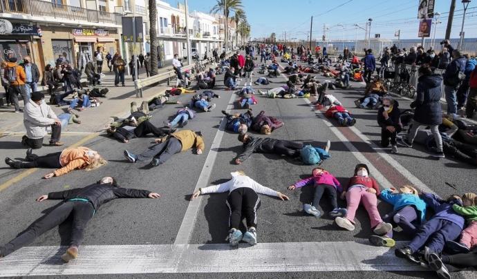 L'objectiu de la campanya és recuperar l'espai públic per a les persones i aconseguir una mobilitat més respectuosa amb el medi ambient. Font: Eduard Omedes