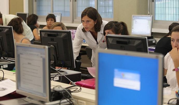 Sala d'ordinadors universitària (flickr.com)