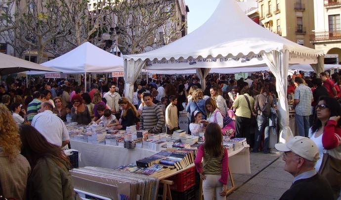 Les estitats de Mataró es donen cita també, com nom pot ser d'una altra manera, a la diada de Sant Jordi. Font: Wikimedia Commons