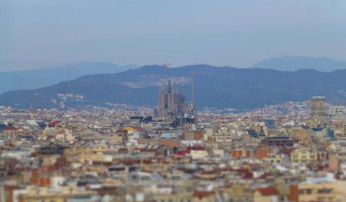 Vistes de Sants des de Barcelona. Font: Wikimedia Commons