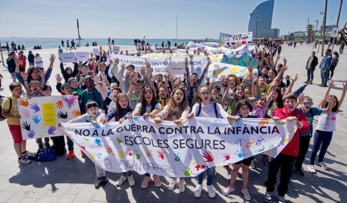 300 infants van cridar 'No a la guerra contra la infància' en el primer acte del centenari de Save The Children (16 maig 2019, Barceloneta) Font: Save The Children