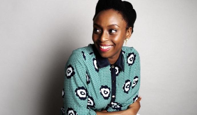 L'autora de 'Sobre els perills dels tòpics' Chimamanda Ngozie