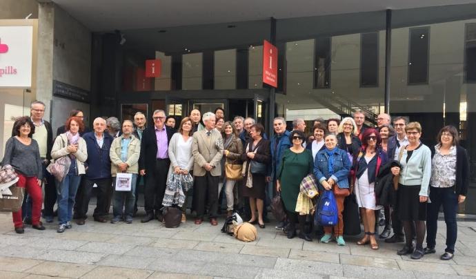 Imatge de grup de membres de l'entitat durant la celebració del 20è aniversari l'any 2017. Font: SOS Monuments