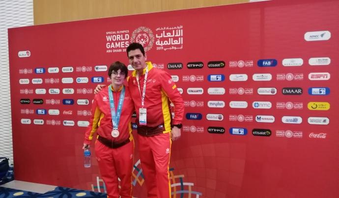 L'esportista Vero Torra i l'entrenador, Álvaro Terreros. Font: Associació Alba