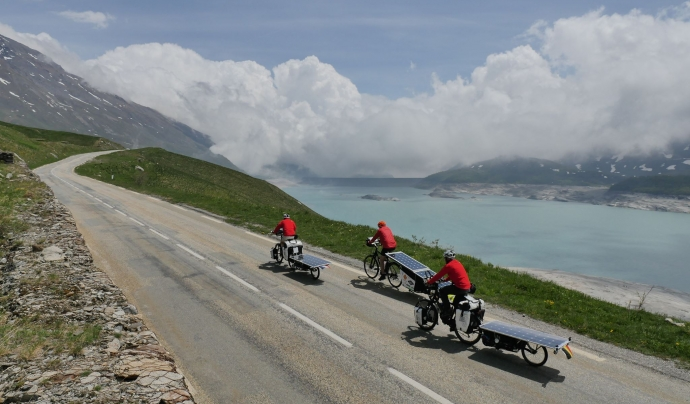 Els i les participants pedalegen més de 10.000km travessant fins a 28 països. Font: The Sun Trip