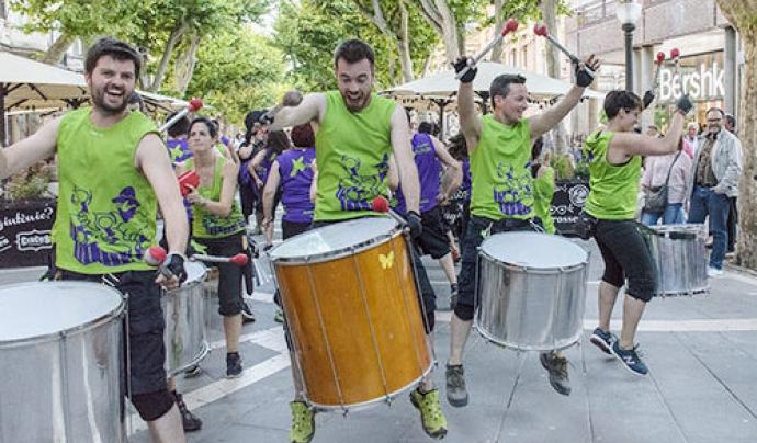 Els Tabalers de Xàldiga posen el ritme a totes les activitats. Font: Xàldiga Taller de Festes
