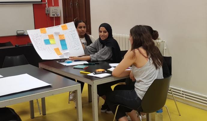 Moment en el primer taller de 'Mixtura' on es van compartir moltes idees i projectes. Font: Azahara