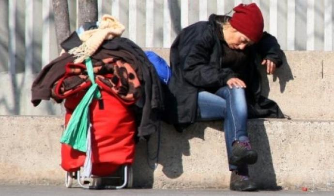 Imatge d'una persona sensesostre Font: Taula del Tercer Sector Social
