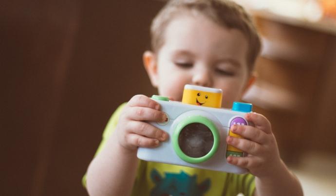 Encara falten 900 joguines perquè cap nen es quedi sense joguina. Font: Unsplash.  Font: Font: Unsplash.