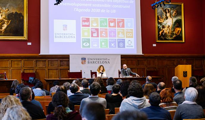 Un centenar de persones participen en la jornada «Construint l'Agenda 2030 de la UB. Font: Universitat de Barcelona