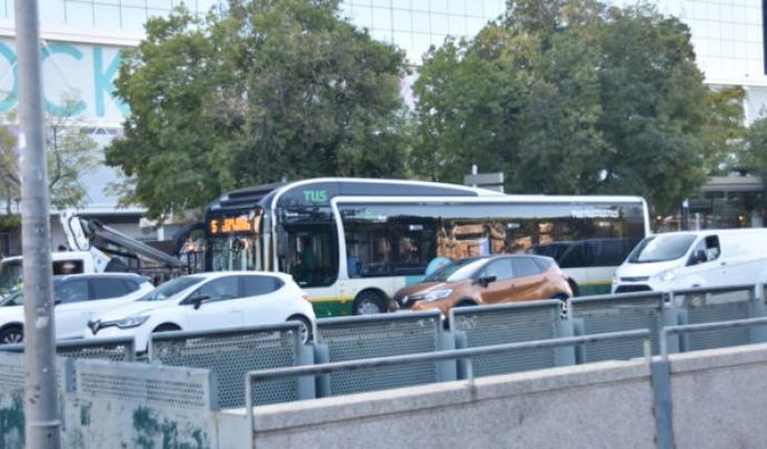 La contaminació del transport públic i particular a Sabadell és un dels principals responsables de la qualitat de l'aire a la ciutat. Font: ADENC