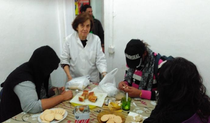 El centre té una zona on les persones poden esmorzar cada dimarts i dijous.  Font: Laura Morral