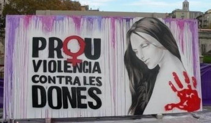 Mural en contra de les violències contra les dones. Font: Arxiu