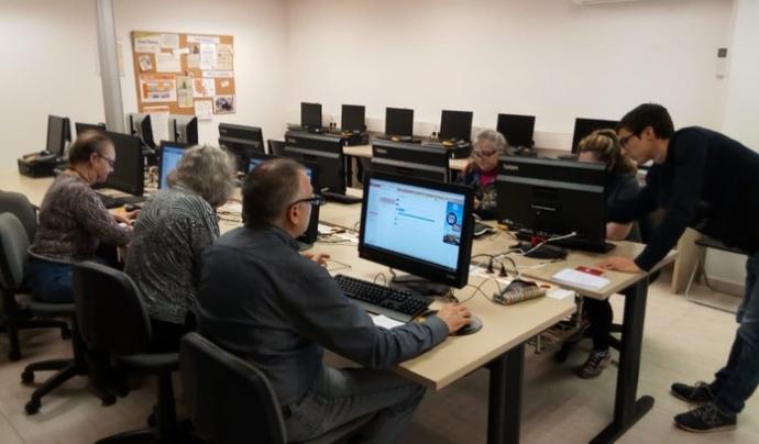 El programa 'Voluntariat TIC' engega la quarta edició el setembre de 2018 Font: UPC