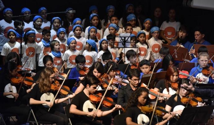 VOZES Orquestra i coral