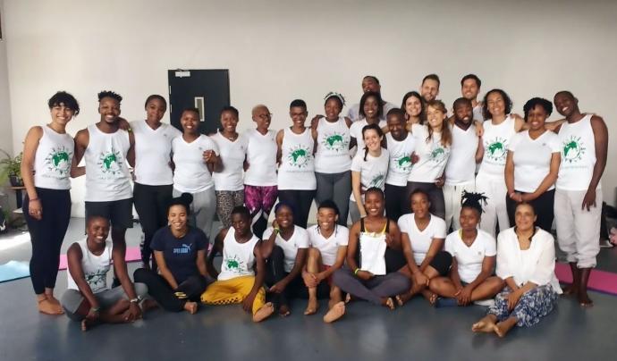 Formació de professors de ioga a Sud-àfrica. Font: Yoga Sin Fronteras. Font: Yoga Sin Fronteras